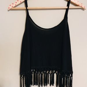 Loose crop top with tassels